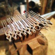 Комплект кузнечных кованых клещей