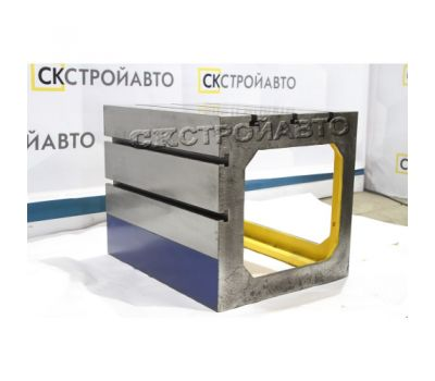 Стол коробчатый к станкам