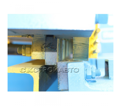 Ножницы гильотинные кривошипные  НГ13 с УЦИ